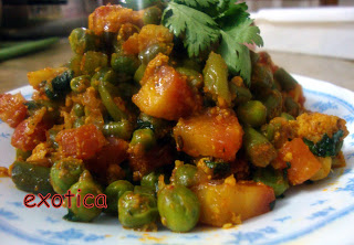 Gajar Matar Dry Curry- Carrot & Peas Stirfry