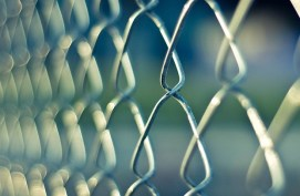 高齢者専用刑務所の誘致