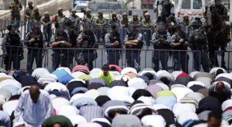 ISRAEL LARANG MUSLIM 50 TAHUN KE BAWAH SHALAT JUMAT DI AL-AQSA