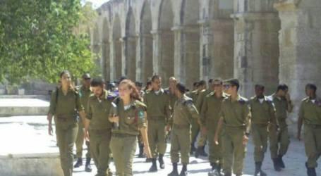 70 WAJIB MILITER ISRAEL LAKUKAN TUR PROVOKATIF DI MASJID AL-AQSHA