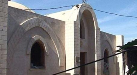 ARSITEK PALESTINA BANGUN RUMAH BERBAHAN LOKAL KARENA BANTUAN LUAR DIHAMBAT ISRAEL
