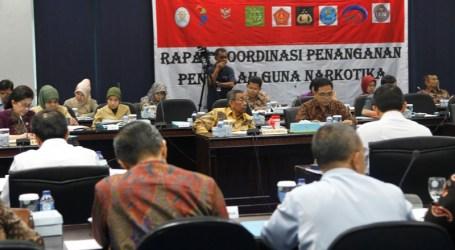 PENYALAHGUNA NARKOBA DI INDONESIA EMPAT JUTA LEBIH