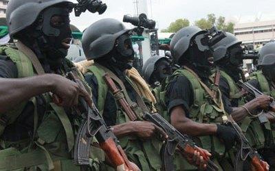 PRESIDEN NIGERIA PRIORITASKAN PRODUKSI SENJATA SENDIRI