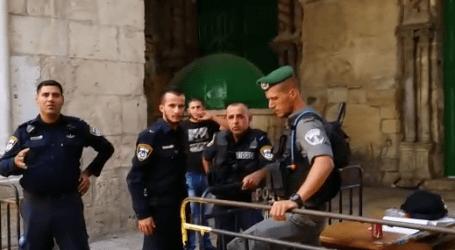 ISRAEL LARANG JAMAAH MUSLIM PALESTINA MASUKI AL-AQSHA