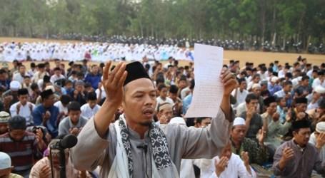 JAMA'AH MUSLIMIN (HIZBULLAH) LAMPUNG GELAR SHALAT ISTISQA