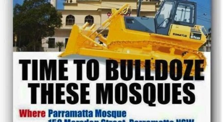 KELOMPOK ANTI-ISLAM SERU HANCURKAN MASJID DI AUSTRALIA