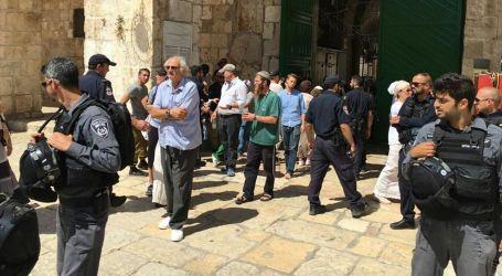 Puluhan Pemukim Ilegal Israel Masuki Masjid Al-Aqsha Berpakaian Minim
