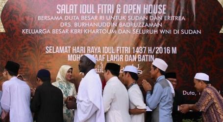 Ratusan WNI di Sudan Salat dan Rayakan Idul Fitri Ala Indonesia