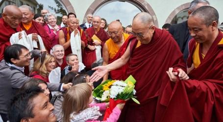 Dalai Lama: Kekerasan Bukan dari Islam dan Buddha