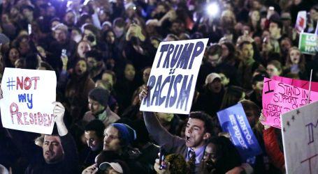 Ribuan Warga Turun ke Jalan Protes Trump