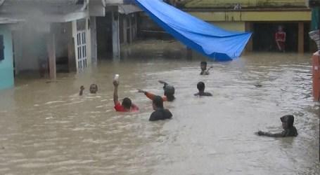 Dompet Dhuafa Terjunkan Tim Evakuasi Banjir Jakarta