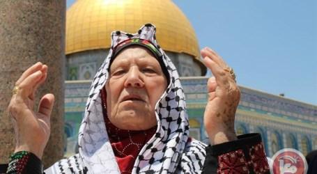 Ketika Impian Kaum Muslimah Shalat di Masjidil Aqsha Tercapai