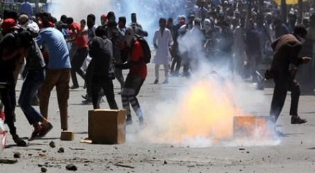 Bentrokan Pemuda Muslim Kashmir dan Pasukan India Berlanjut