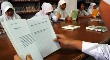 Pemprov. DKI Jakarta Perpanjang Masa Pembelajaran di Rumah