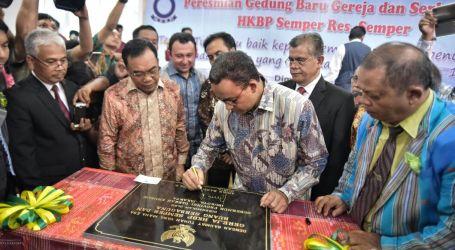 Gubernur DKI Jakarta Anies Baswedan Resmikan Gereja HKBP Semper Barat