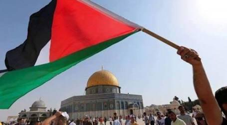 Demonstran Tuntut Penutupan Kantor AS di Palestina