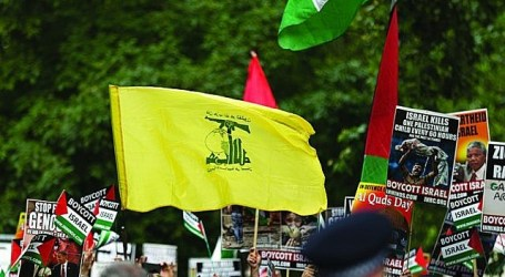 Demonstran Inggris Pro-Palestina dan Pro-Israel Berhadapan di Hari Quds