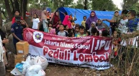 Islam Mengajarkan Menolong Tanpa Proselitisme