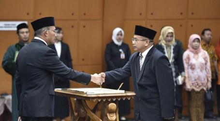Mendikbud Lantik Dua Pejabat Tinggi Pratama