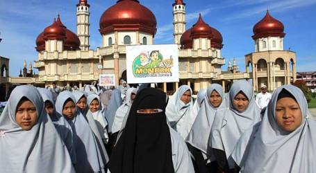 Banta Puteh Syam, Ajak Santri Tolak Ajaran Islam Nusantara