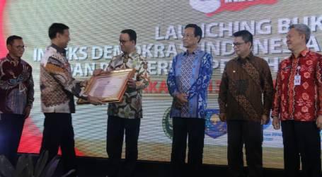 Pemprov DKI Jakarta Raih Penghargaan Tertinggi Indeks Demokrasi Indonesia Tahun 2017