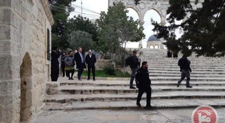 Anggota Knesset Israel Gelar Ritual Provokatif di Al-Aqsa