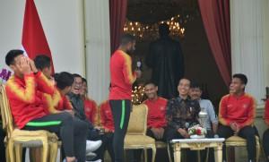 Terima Timnas U-22, Jokowi Tambah Bonus Punggawa Rp200 Juta