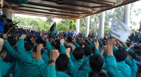 Mahasiswa Desak Gubernur Aceh Hentikan PT EMM