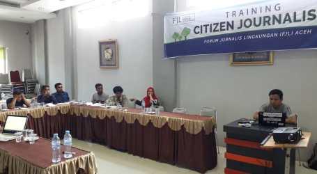 FJL Latih Jurnalis Warga Untuk Awasi Lingkungan