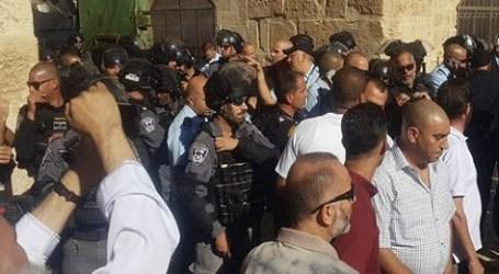 Jamaah Hadapi Tentara Israel Serbu Al-Aqsha Usai Shalat Ied
