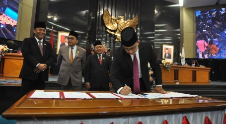 Anies Bersama DPRD DKI Jakarta Sepakati KUA-PPAS APBD 2020