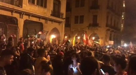 Ribuan Demonstran Wanita Lebanon Menuntut Haknya