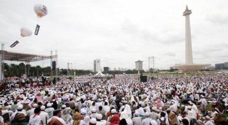 Polisi Banten Periksa Kendaraan yang Bawa Peserta Reuni 212
