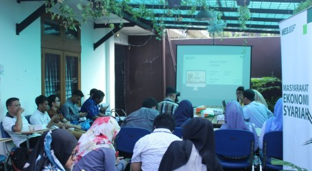 MES Gelar Diskusi Cerdas Atur Keuangan di Era Digital dengan Reksadana Syariah