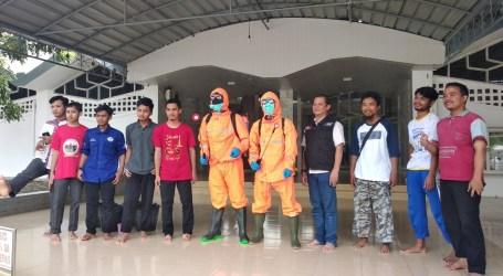 Komunitas Relawan Lampung, Semprot Disinfektan Cegah Corona