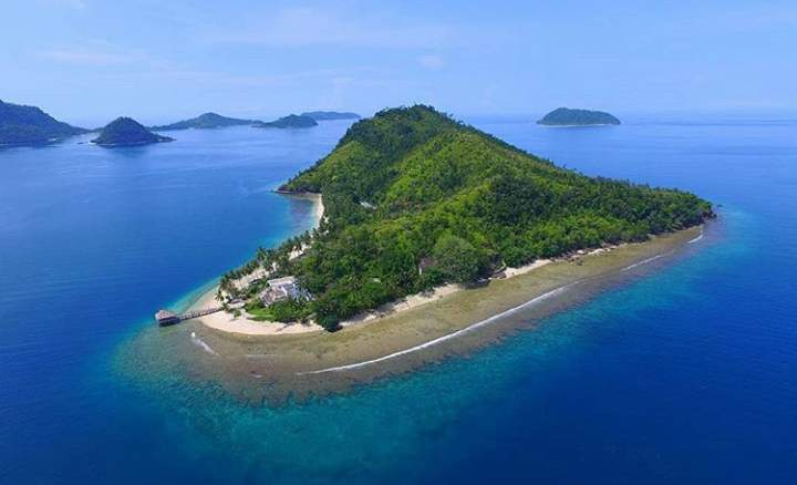 Gambar pulau sikuai
