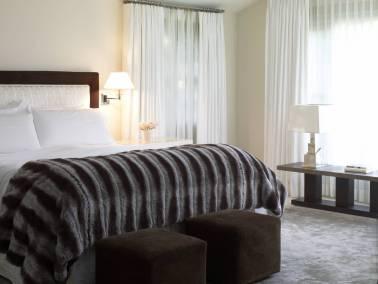 H-Bellagio-021-master_bedroom