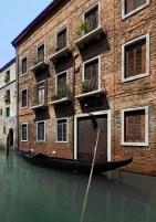 close_gondola