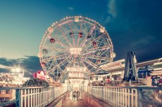 photo-wonder-wheel-by-night-coney-island-ny-franck-bohbot
