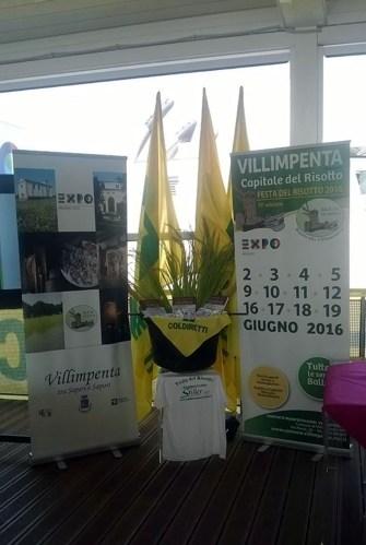 Foto scattata al Padiglione Italia in occasione della presentazione del risotto De.C.O. alla villimpentese