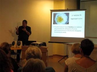 Gilberto Venturini durante la sua presentazione di apertura copia
