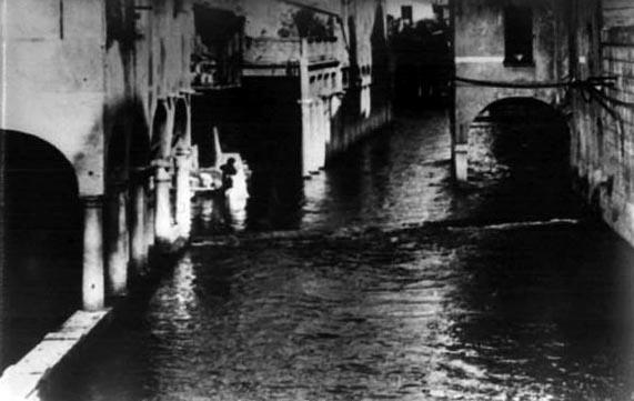 Antica foto del Rio a Mantova3