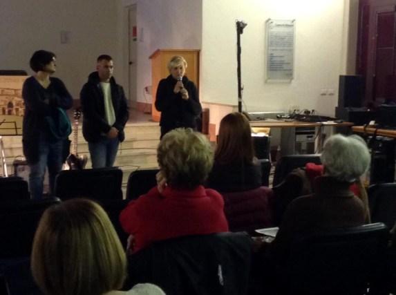 da sx l'assessore Monia Cagnata, il sindaco Simone Zaghini e la presidente di Telefono Rosa Patrizia Aldrovandi.jpg