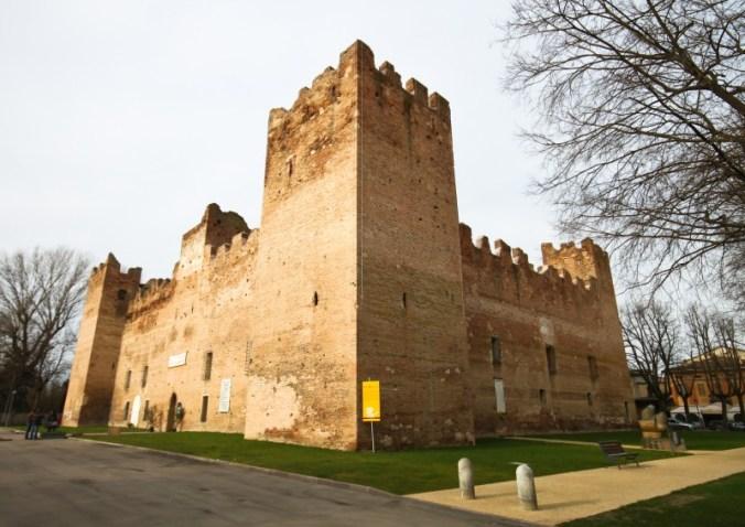 Rocca medievale Reggiolo.JPG
