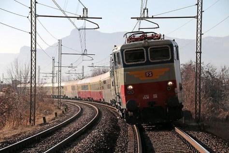 treno-storico-elettrico-da-milano-e-brescia-a-mantova