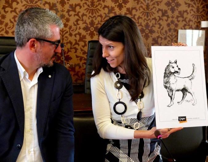 Mattia Palazzi sindaco di Mantova e Cristina Cazzola direttrice segni d'Infanzia