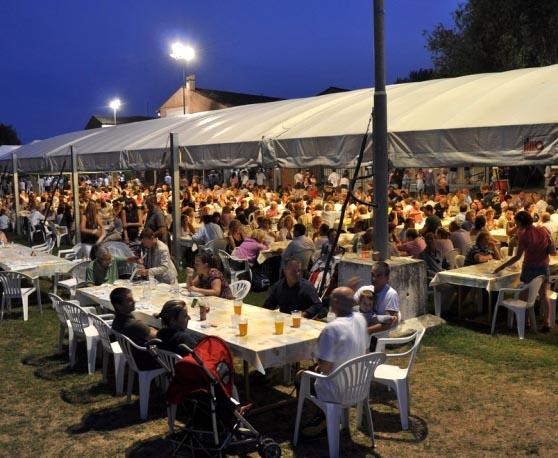 Festa-del-Pesce-al-Mincio (2015).jpg