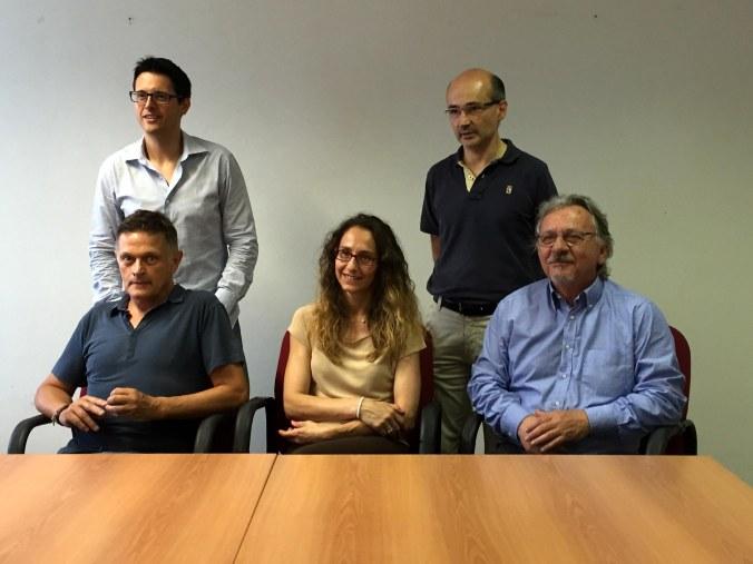 sindaci da six in piedi: Ivan Ognari (Suzzara), Claudio Terzi (Gonzaga) e Simona Maretti (Moglia), Fabrizio Nosari (Motteggiana) e da Daniele Benfatti (assessore al bilancio Comune di Pegognaga)