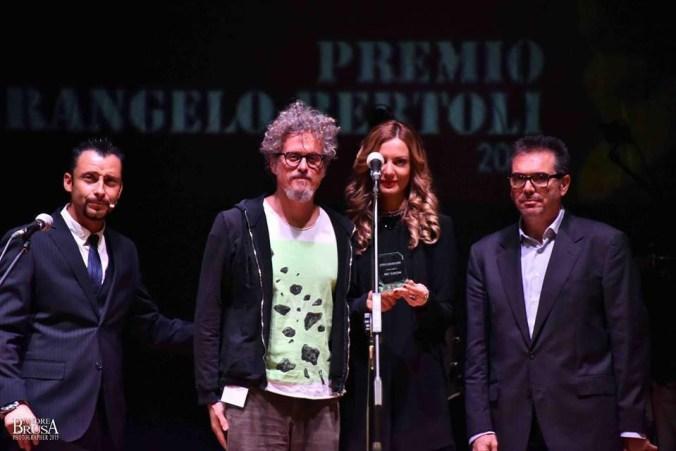 Premio Pierangelo Bertoli_Niccolò Fabi.jpg