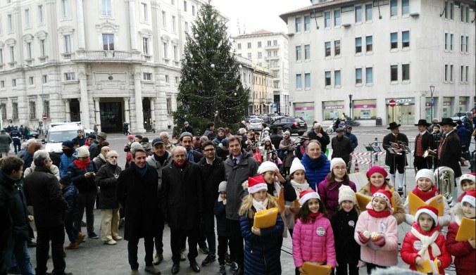 Inaugurazione Albero di Natale.jpg